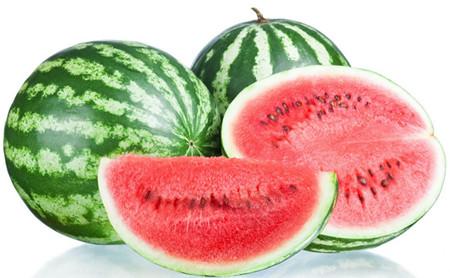 هندوانه هر عدد حدود 6.5 تا 7 کیلو